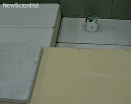 robot satisfying obstacles