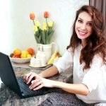 10 Insanely Easy Tips to Stay Healthy if You Work From Home